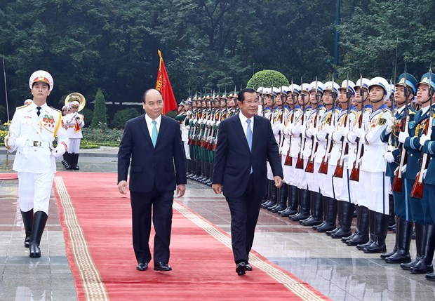Cambodian PM Hun Sen concludes official trip to Vietnam hinh anh 1