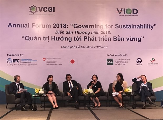 Firms have social responsibility hinh anh 1