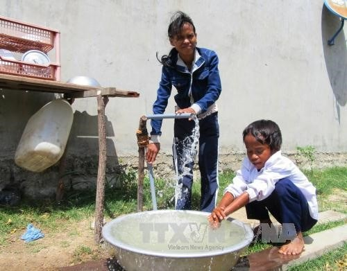 21 provinces feel flushed with success in improving locals' health hinh anh 1