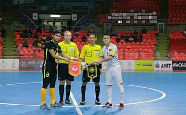 Vietnam qualify for AFC U20 Futsal Championship finals hinh anh 1