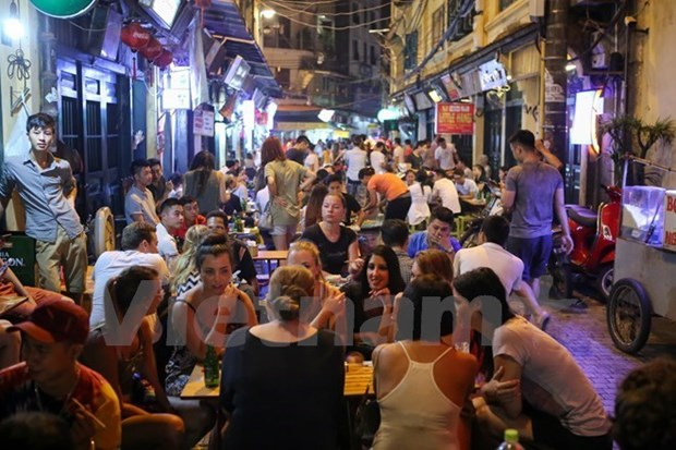 Over 26 million tourists visit Hanoi in 2018 hinh anh 1