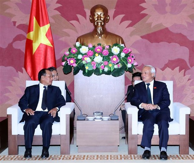 NA Vice Chairman receives Lao Justice Minister hinh anh 1