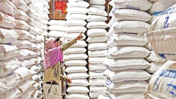Cambodia suffers 13 percent drop in 11-month rice exports hinh anh 1