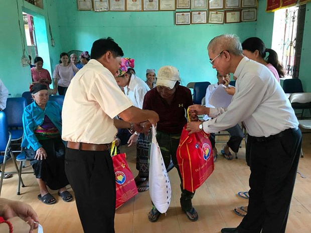 Catholic solidarity committee holds Christmas gathering hinh anh 1