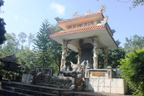 Over 25 bln VND for Trieu Tuong mausoleum excavation hinh anh 1