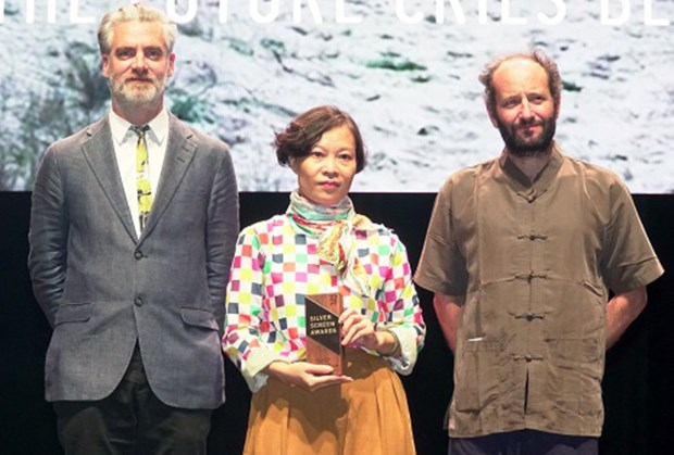 Vietnamese female director honoured at Singapore film festival hinh anh 1