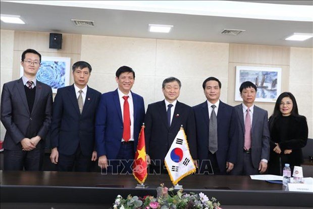 Vietnam, RoK share experience in communications development, education hinh anh 1