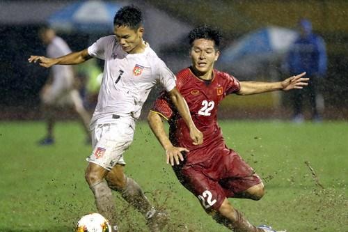 Vietnam beat Myanmar in U21 football tourney in Vietnam hinh anh 1