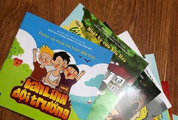 Comics hoped to raise children's awareness of UXO accidents hinh anh 2