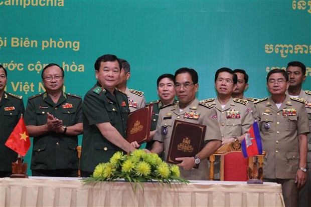 Vietnam, Cambodia enhance cooperation in border management hinh anh 1