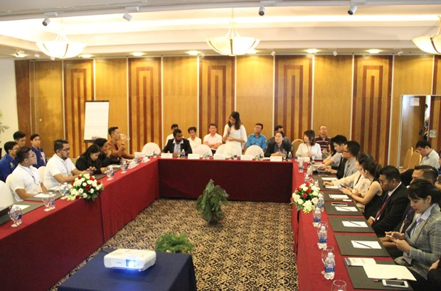 ASEAN Plus 3 young entrepreneurs share startups experience hinh anh 1