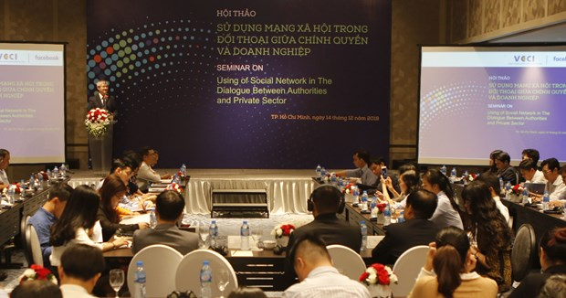 Authorities, businesses increase dialogues on social network hinh anh 1