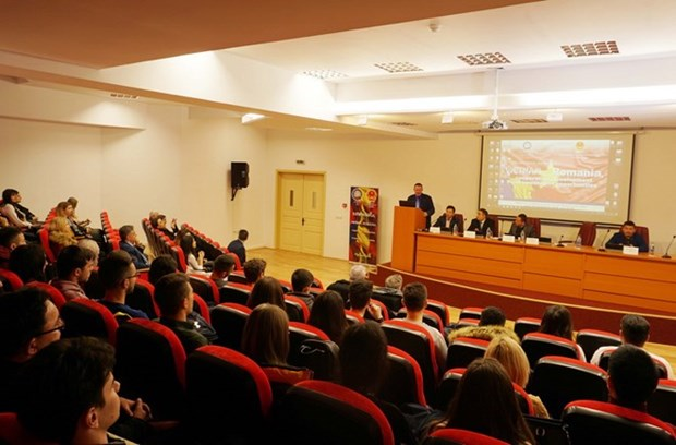 Seminar explores opportunities in Vietnam-Romania cooperation hinh anh 1
