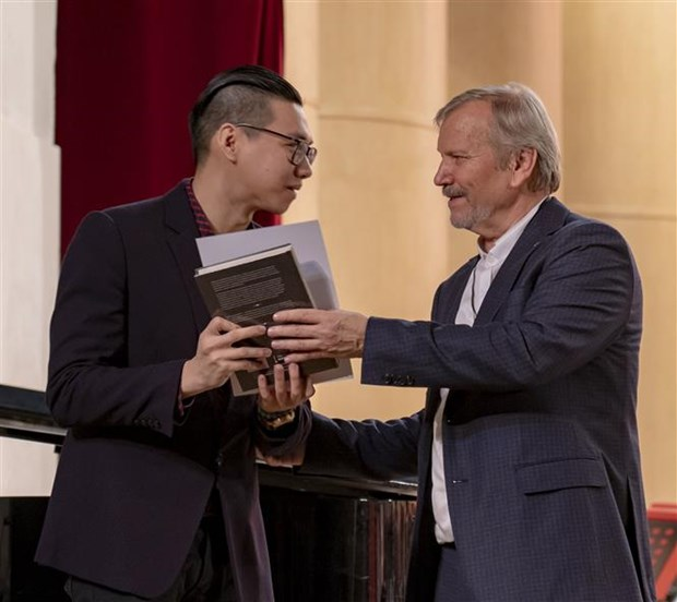 Vietnamese student wins at Russian music festival hinh anh 1