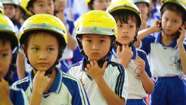 """Gia Lai reviews """"Helmet for children"""" project hinh anh 1"""