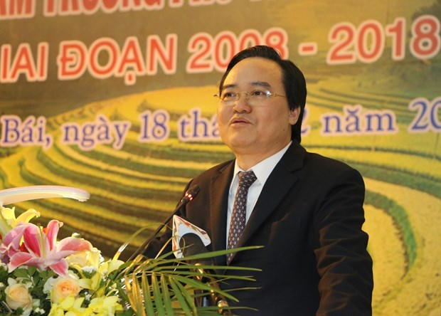 Localities should continue improving ethnic boarding schools: Minister hinh anh 1
