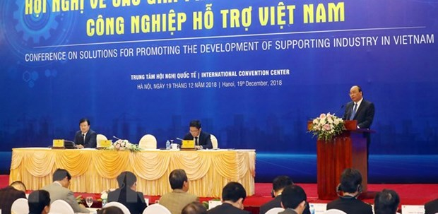 PM requests prioritisation of support industry hinh anh 1