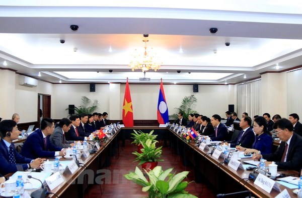 Deputy PM, FM Pham Binh Minh pays official visit to Laos hinh anh 2