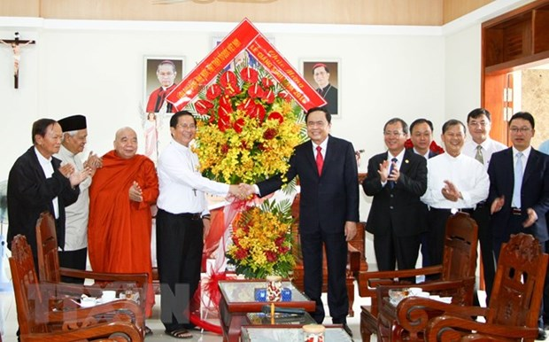 Christmas greetings delivered to Catholic communities hinh anh 1