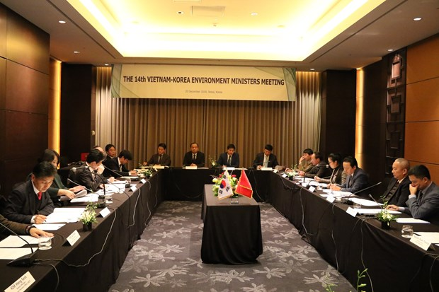 RoK ready to help Vietnam with environmental protection: official hinh anh 1