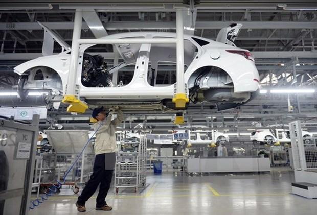 Car sales surge 23 percent in November hinh anh 1