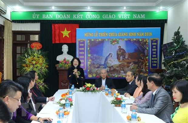 Vice President visits Committee for Solidarity of Vietnamese Catholics hinh anh 1