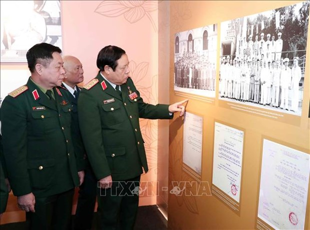 Exhibition features Vietnamese generals in resistance wars hinh anh 1