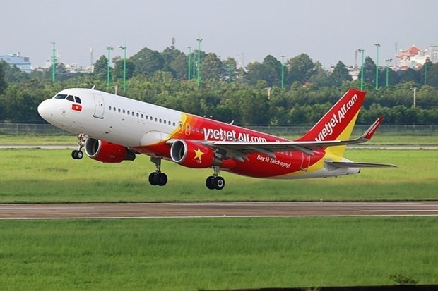 Vietjet Air starts selling tickets on HCM City-Van Don route hinh anh 1