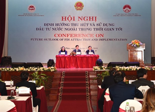 Conference orients foreign investment attraction in Vietnam hinh anh 1