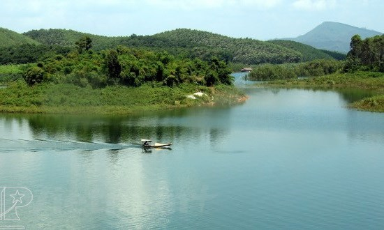Thac Ba lake tourism site development plan gets PM's nod hinh anh 1