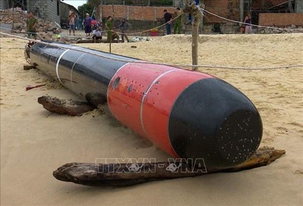 Object found offshore Phu Yen identified as training torpedo hinh anh 1