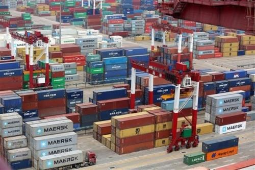 ASEAN likely to benefit from US-China trade war hinh anh 1