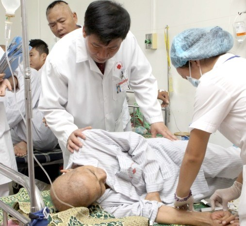Universities advised to offer hospital administration courses hinh anh 1