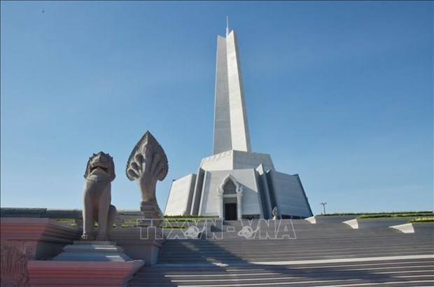 Cambodia inaugurates Win-Win Monument hinh anh 1