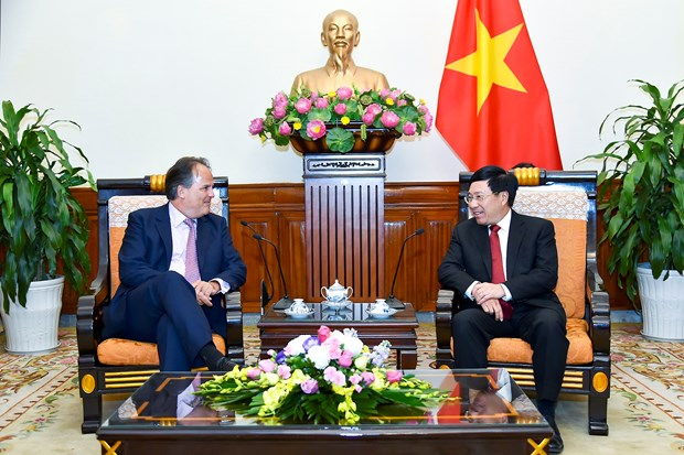 Deputy PM receives UK Minister of State hinh anh 1
