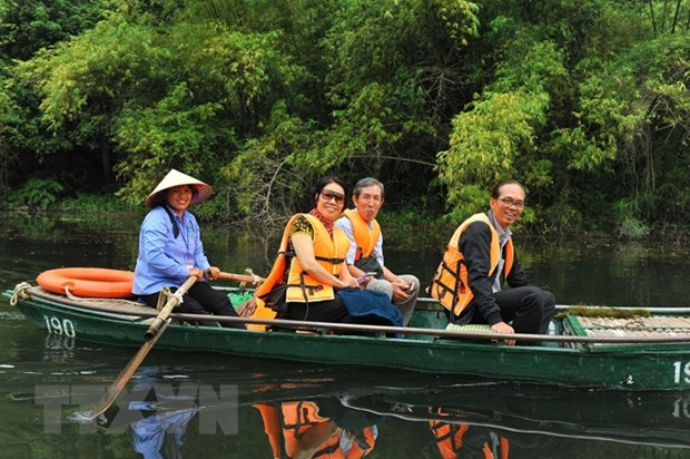 Ninh Binh welcomes over 7.3 million visitors in 2018 hinh anh 1