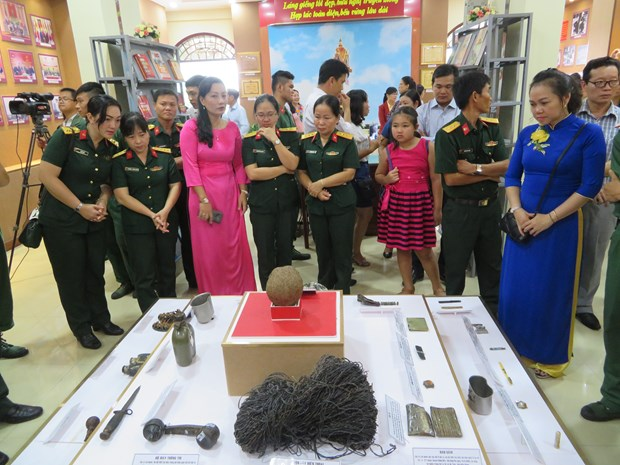 Exhibition on victory of southwest defence war opens in Can Tho hinh anh 1