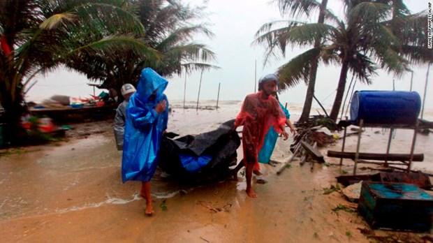 Tropical Storm Pabuk hits southern Thailand's east coast hinh anh 1
