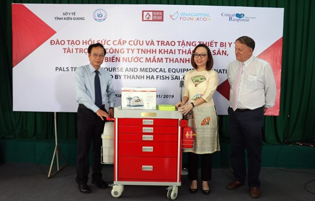 VinaCapital Foundation aids health sector in Kien Giang hinh anh 1