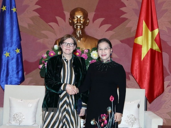 NA Chairwoman meets with EP Vice President in Hanoi hinh anh 1