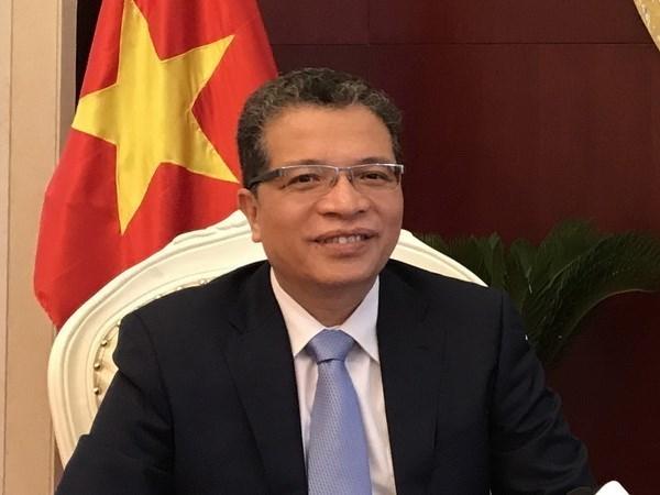 Vietnamese Ambassador meets Chinese media hinh anh 1