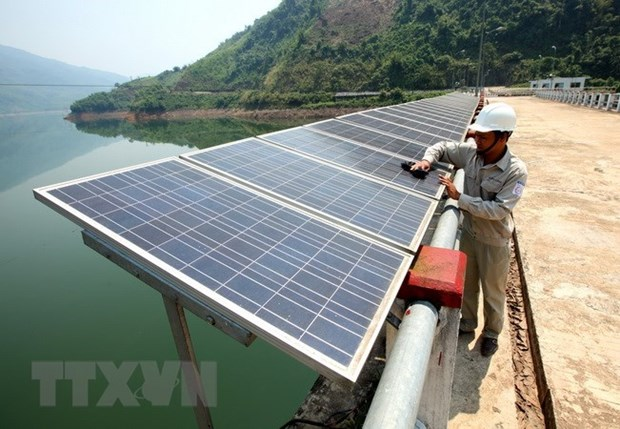 Work starts on two solar power plants in Phu Yen hinh anh 1