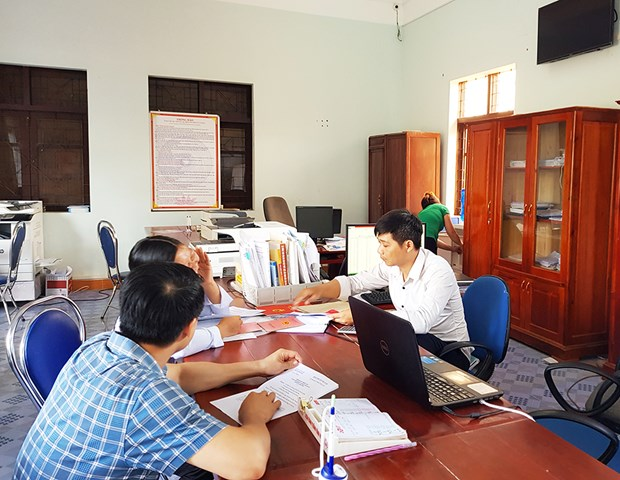 Quang Ninh works hard on administration procedure simplification hinh anh 1