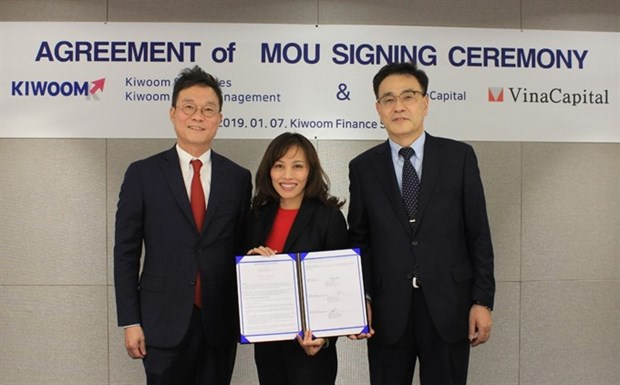 VinaCapital signs deal with RoK firm hinh anh 1