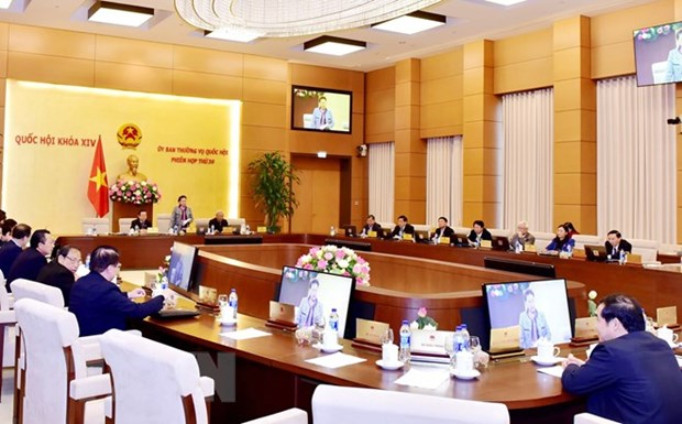 NA Standing Committee wraps up 30th session hinh anh 1