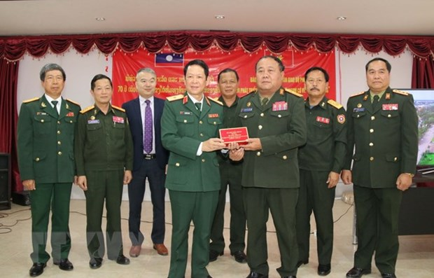 Film on history of Lao People's Army handed over hinh anh 1