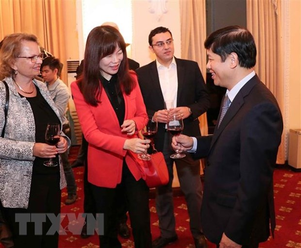 Ministry appreciates foreign correspondents, press attaches in Vietnam hinh anh 1