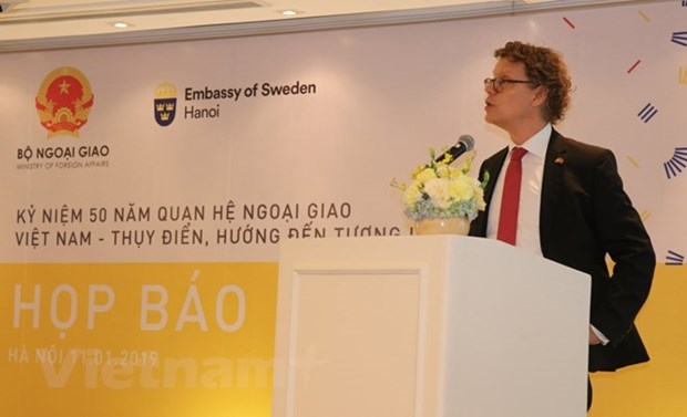 Press conference marks 50 years of Vietnam-Sweden ties hinh anh 1