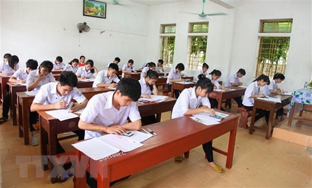 Many universities set English as admission criterion hinh anh 1
