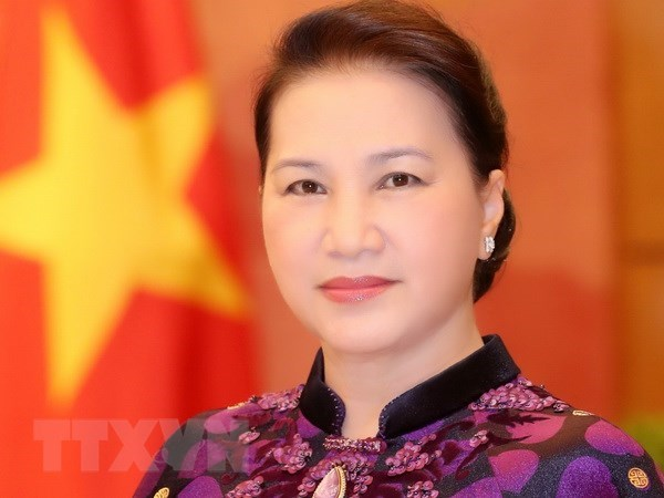 NA Chairwoman leaves for APPF-27 in Cambodia hinh anh 1